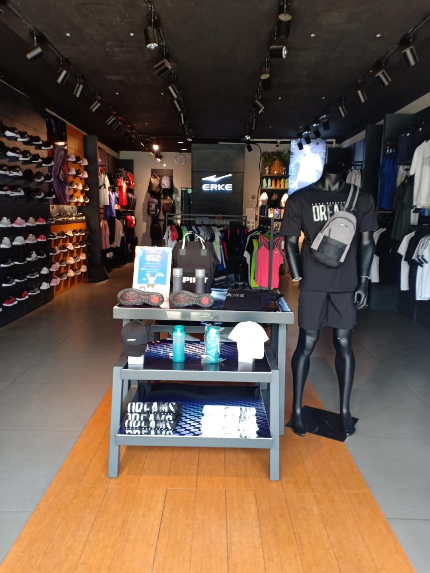 MDY 73st  Shop